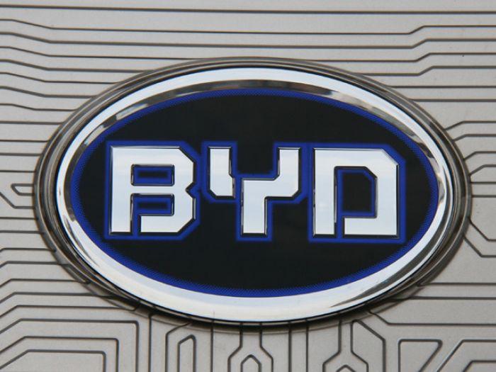 Баффет владеет компанией по производству электромобилей