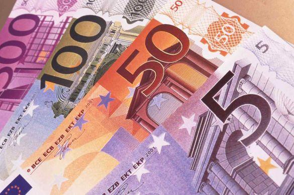 Панкин: Россия откажется от евро, если Европа будет использовать его в качестве оружия
