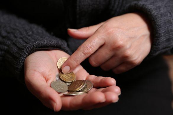 Доходы россиян падают после оформления ипотеки