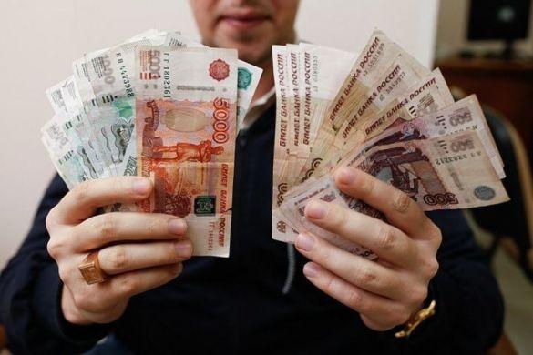 В Госдуме одобряют увеличение МРОТ