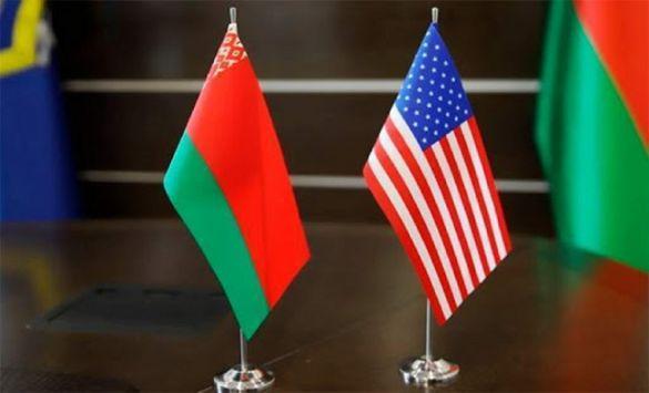 «Пока держимся»: санкции Запада пока не влияют на белорусскую экономику