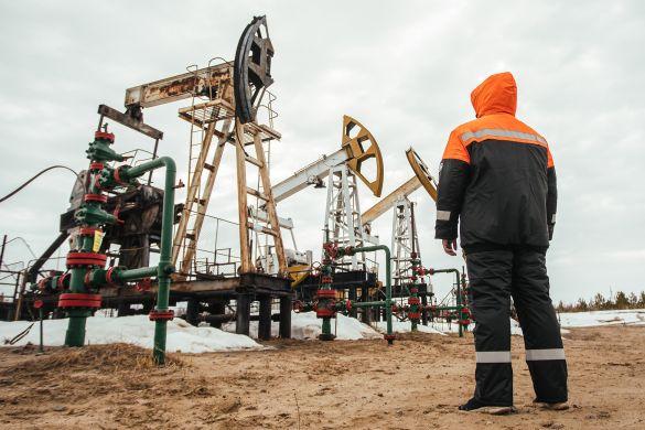 Инвестор Бахтин спрогнозировал курс нефти на следующей неделе