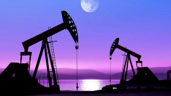 Нефть выросла в цене более 85 долл. за барр.